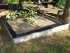 Hauapiire graniidist plaatidega, SPS-15 must, 2 hauakohta (laius 250cm, pikkus 250cm), betoonist vundamendil, serva laius15cm, liiv