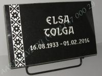 Hauaplaat [0100-4] 40x25x3cm, must graniit, pilt-112, kiri-111(est), hõbedavärv, metallalus