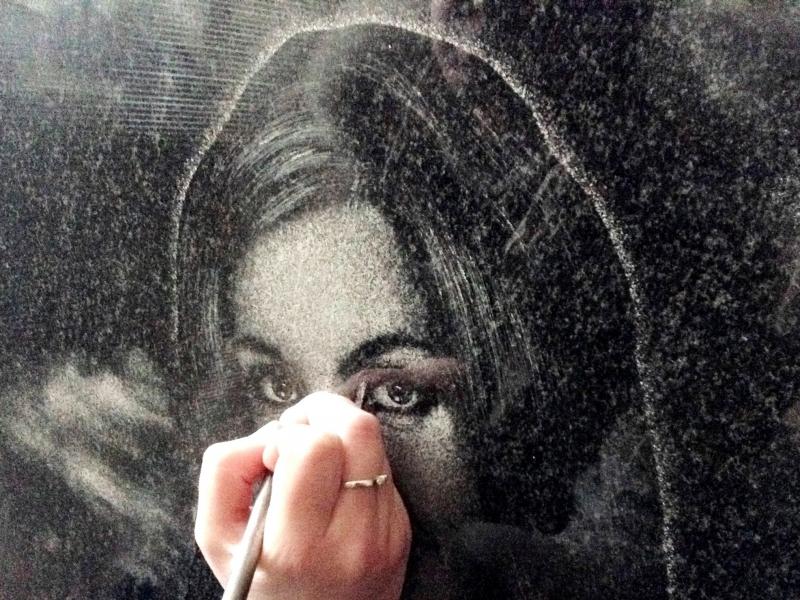 Käsitsi portree graveerimine