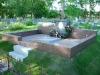 Hauapiire graniidist, eriprojekt Paldiski kalmistul, vundament valmis graniidist detailid paigas, piire valmis