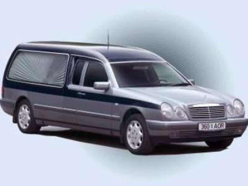 Matusebüroo Kristin-matusekeskus Maardu kalmistul-matuseauto mb