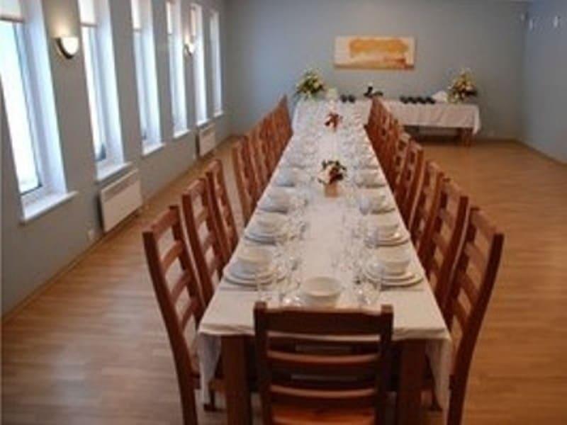 Matusebüroo Kristin-matusekeskus Maardu kalmistul-peieruum kuni 60 inimesele